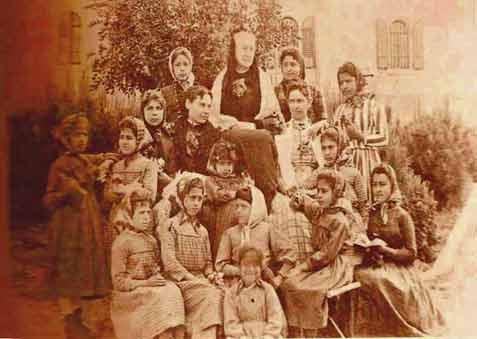 Ramallah-1890,-classe-de-fi.jpg